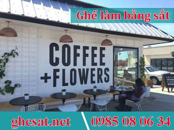 ghế sắt đẹp cho quán cafe