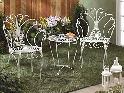 Ghế sắt uốn mỹ thuật cho quán cafe sân vườn