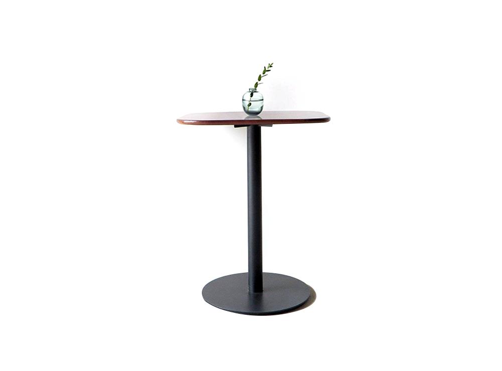 Mẫu bàn cafe vuông thiết kế độc đáo từ thương hiệu Trung Hiếu Decor