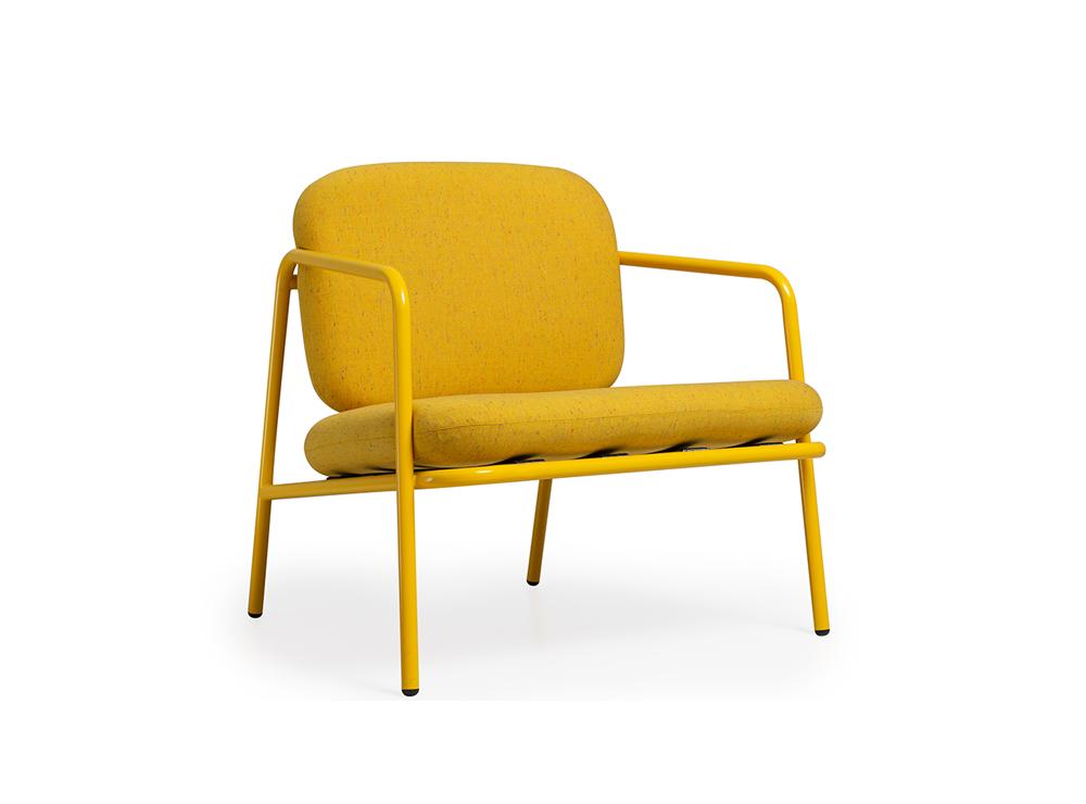 Ghế sắt 818 thiết kế mang đậm màu sắc hoàng gia