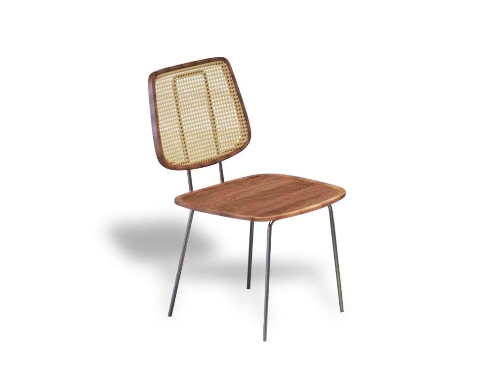 Ghế sắt 834 phù hợp với nhiều không gian khác nhau